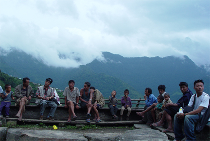 journalist-having-a-chat-with-naga-villagers